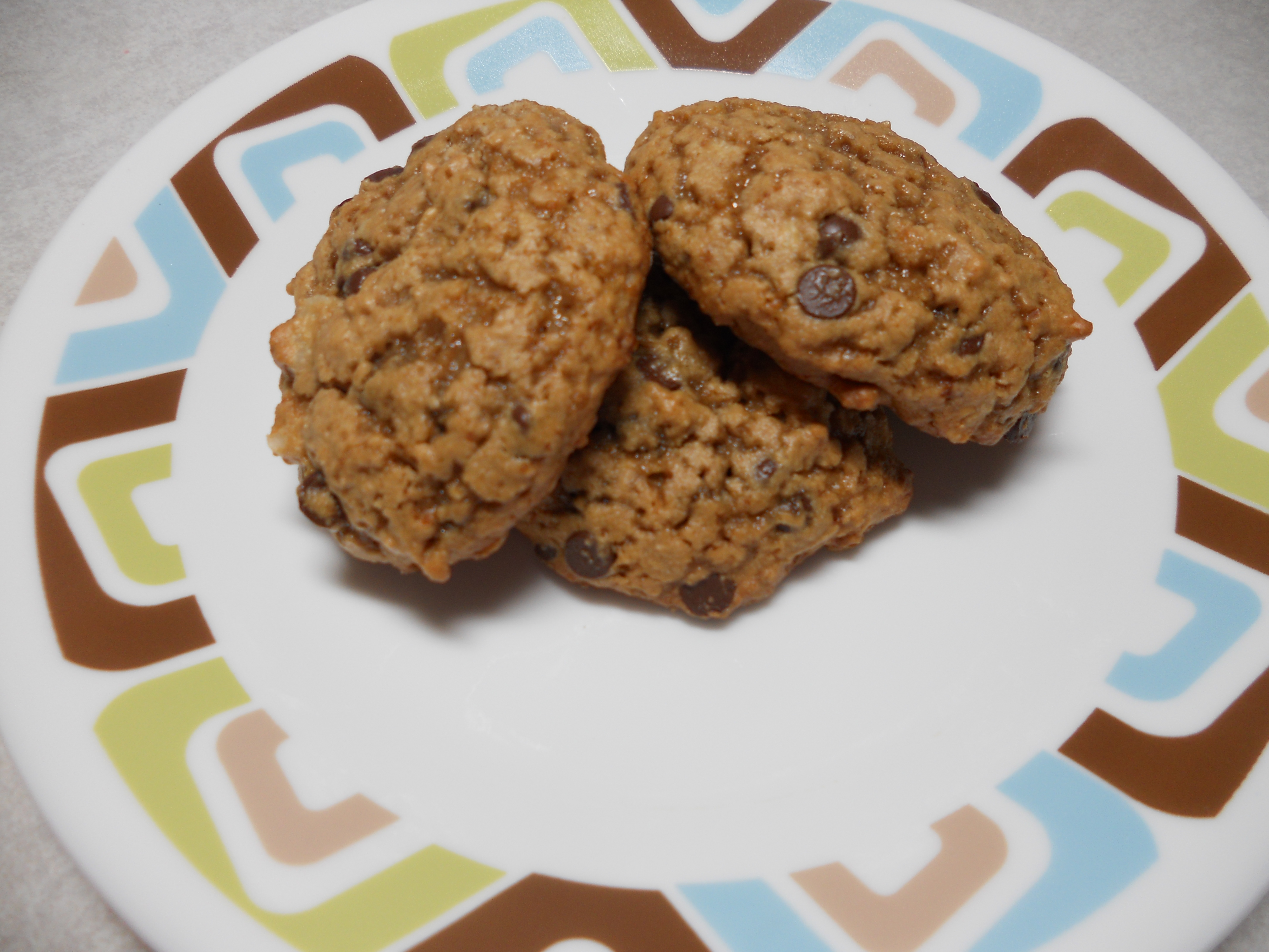 chocolate chip macadamia nut cookies recipe by chocolate covered katie ...